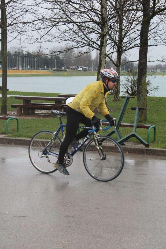 Žohar biciklira