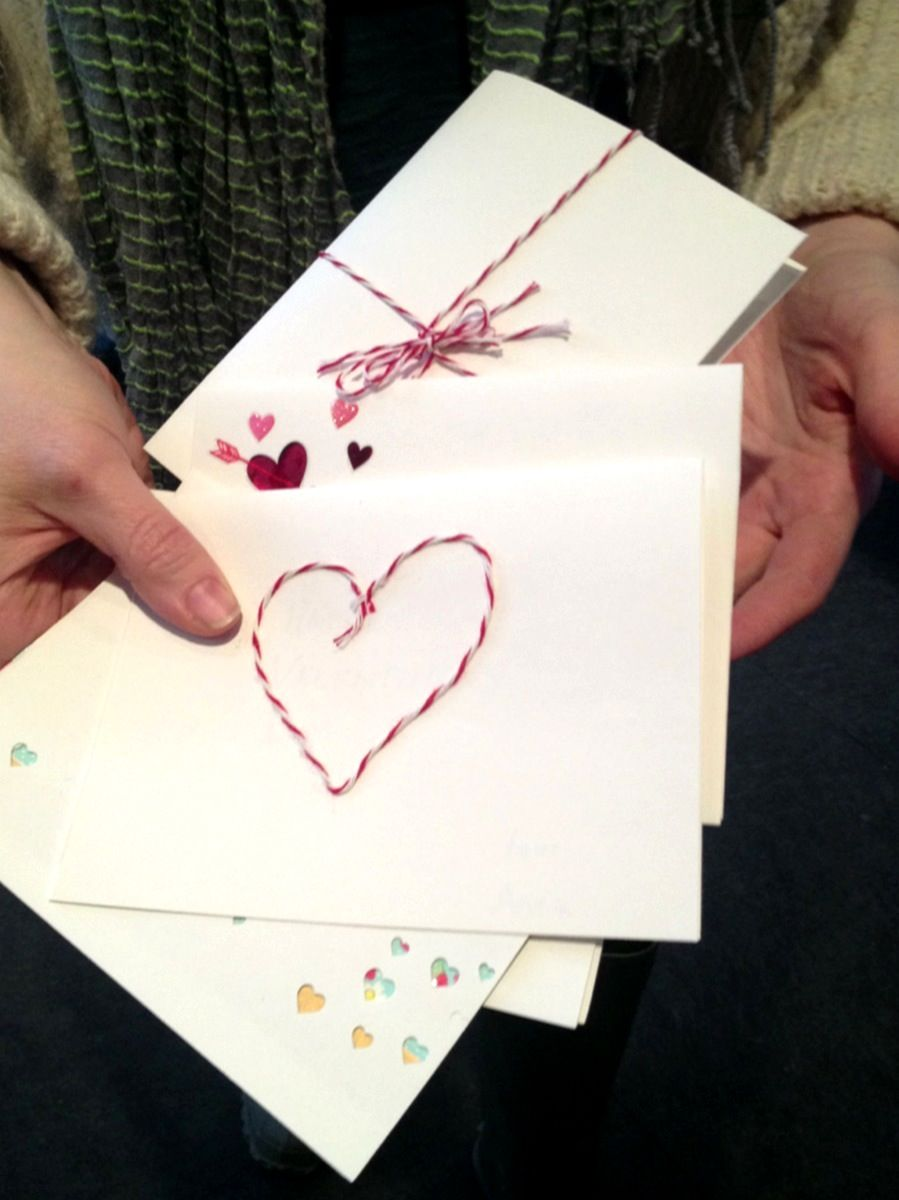 Valentine's Day Card Craft Idea | Cool Mom Picks